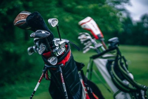 Golf clubs image by StockSnap from Pixabay